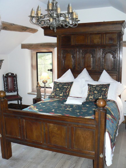 16th Century reproduction oak beds